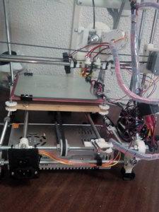 Impresora 3d por detras